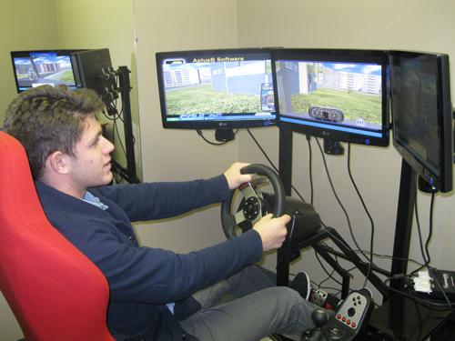 simulatorsmall1
